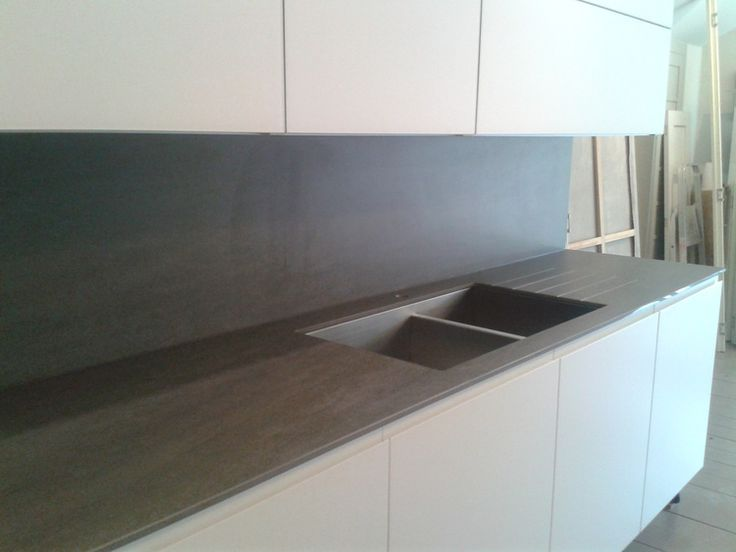 Neolith poeclain is the perfect material for worktop, splashbacks and sinks