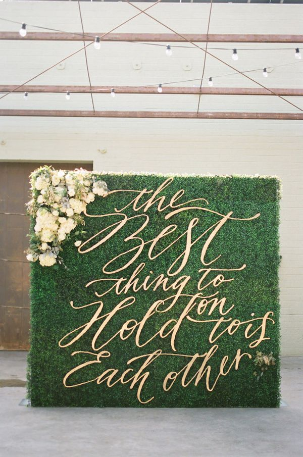 Floral Wall with Laser Cut Gold Letters | Erin J Saldana Photography | 12 Personal and Unique Wedding Signs!