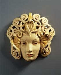 A3235 Mask Medusa Head Earthenware Marguerite Mahood