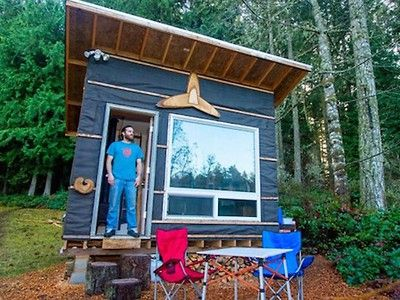Man builds low-cost tiny home with recycled materials for $500