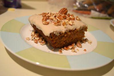 L'assiette vegan: Gâteau vegan aux carottes et glaçage à la vanille