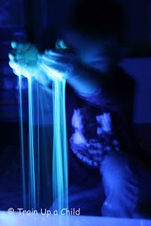 Glow Water and Water Beads ~ Learn Play Imagine
