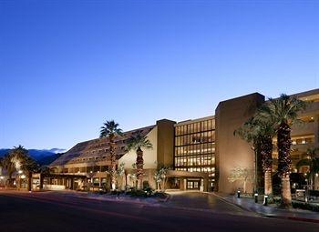 Hyatt Regency Palm Springs walking distance from Spa Resort & Casino.