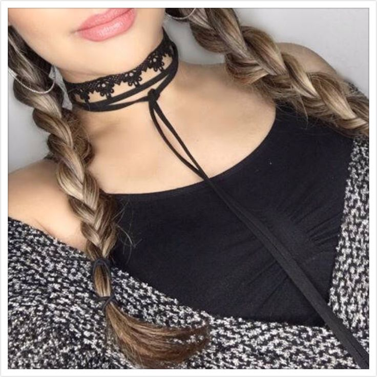 How pretty & easy to layer these beautiful on trend chokers!