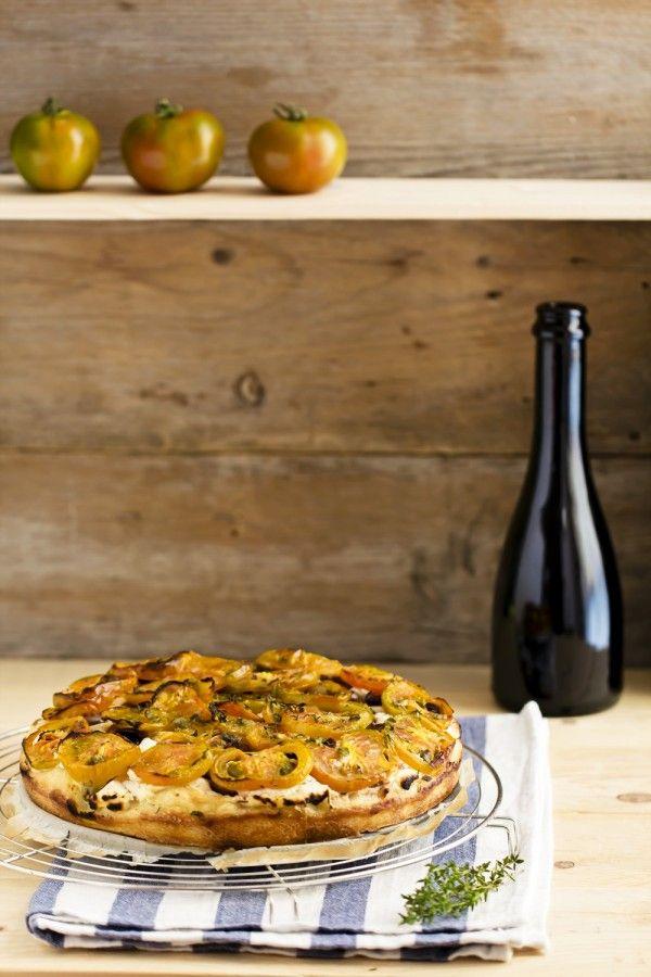 #Focaccia con #pomodori Sardi, vale la pena accendere il forno per provarla! #Estate #Ricetta - Focaccia with #Sardinian #tomatoes, easy and delicious #Italian #Summer #recipe