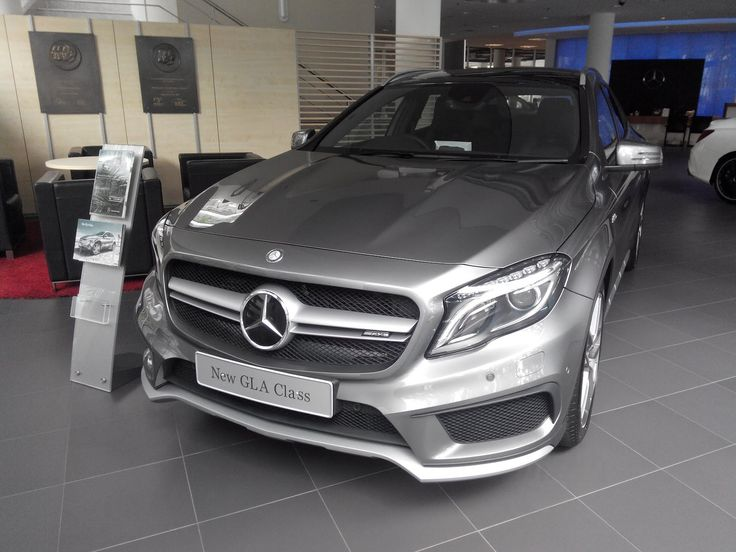 Walkaround Mercedes Benz GLA 45 AMG