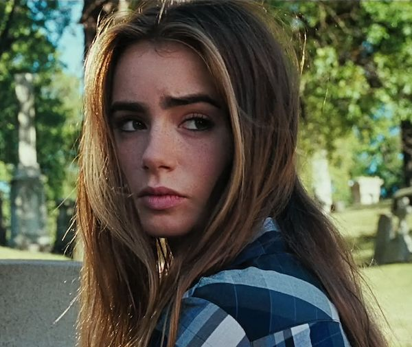 abduction lily collins  | abduction-movie-lily-collins-2011