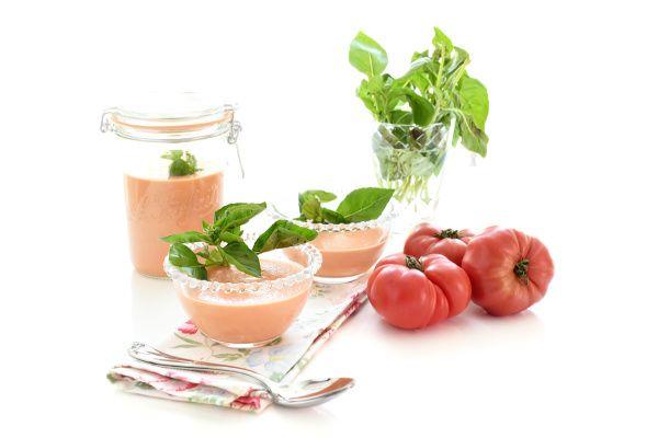 Crema fría de tomates y albahaca | Velocidad Cuchara