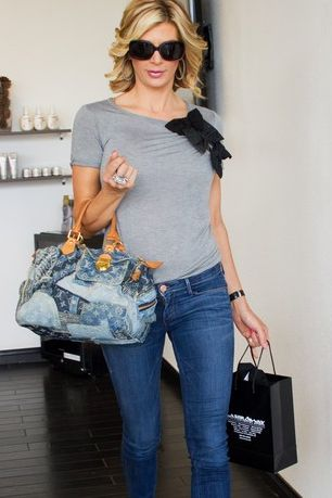 Alexis Bellino's Grey & Back Bow T Shirt & Denim Patchwork Purse http://www.bigblondehair.com/real-housewives/rhoc/alexis-bellinos-grey-and-black-bow-t-shirt/