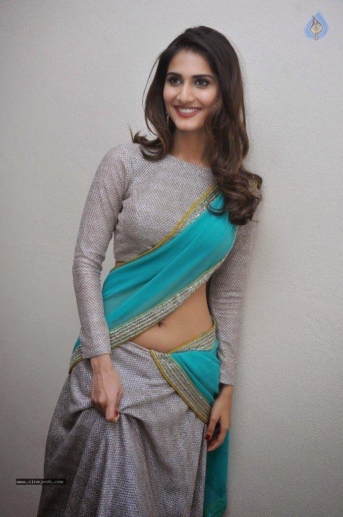 Vaani Kapoor Hot Navel Show Pics in Designer Silver Sky Blue Saree