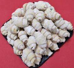 Cornulete fragede si vanilate (de post) - Bunătăți din bucătăria Gicuței