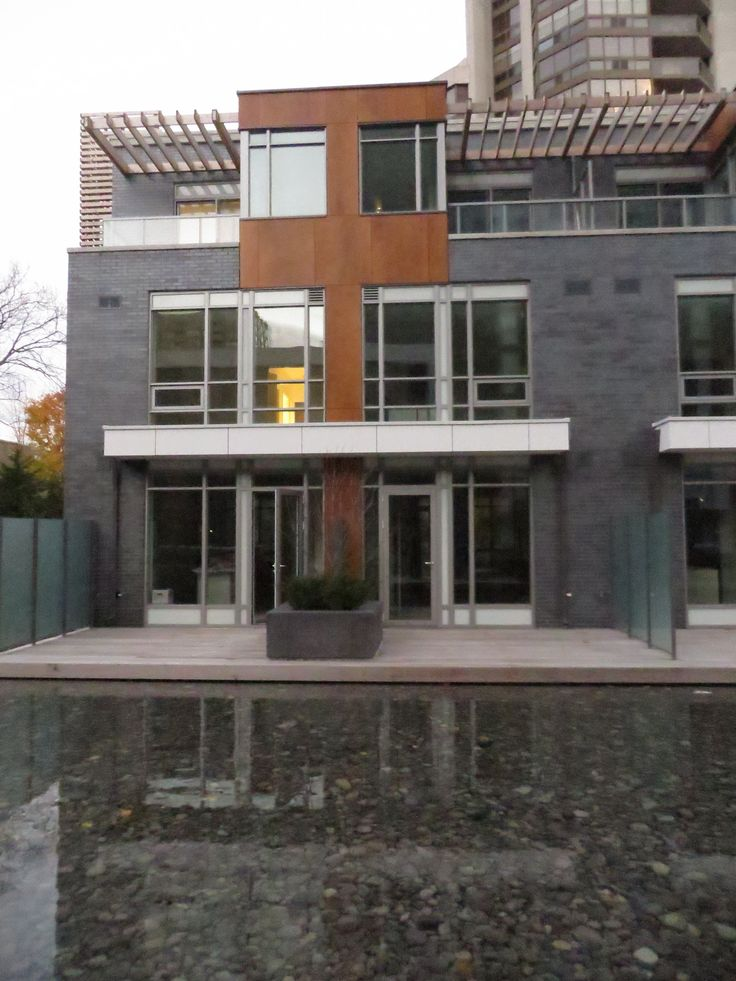 Minto Condos @ 88 Sheppard by Rafael & Bigauskas Architects. This Toronto Condo showcases Equitone and Parklex. #brilliantbuildings #condosarebrilliantbuildings #architecture #facade #design