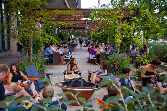 The Best Beer Gardens To Visit In Philadelphia This Fall  (Photo by M. Fischetti for Visit Philadelphia)