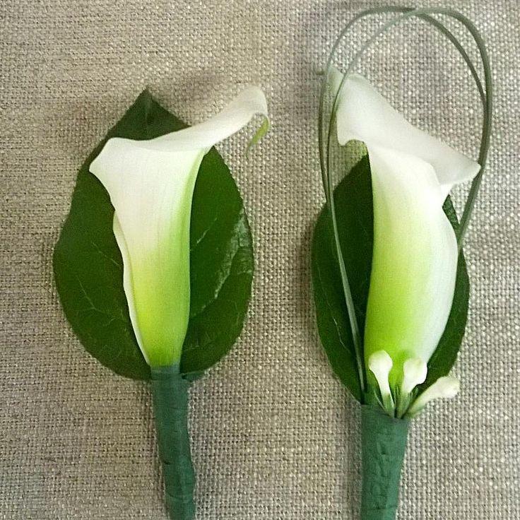 Sulhasen ja best manin vieheet  #white #callas #wedding #flowers for #groom and #bestman  #kukat #blommor #flowerlovers #flowerofinstagram #flowers #ig_flowers #instaflower #kukkakauppa #häät #kalla #kotka #finland
