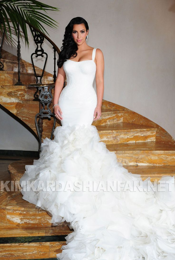 Kim Kardashian Vera Wang Dress