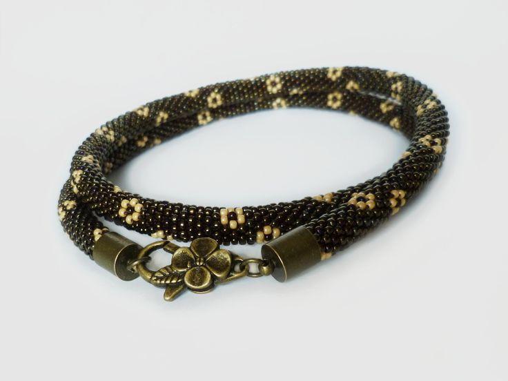 Naszyjnik Iris Brown, nazwany od odcienia metalicznych, tęczowo połyskujących koralików Toho  #beadcrochet #necklace #toho #iris #brown