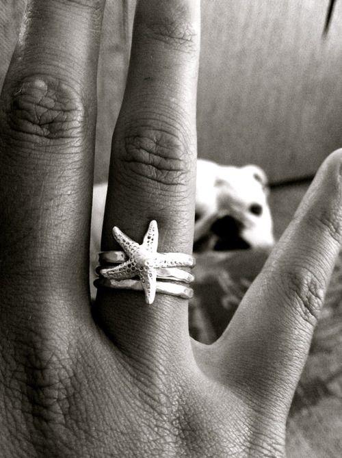 starfish jewelry.. I'm a mermaid so I should possess this