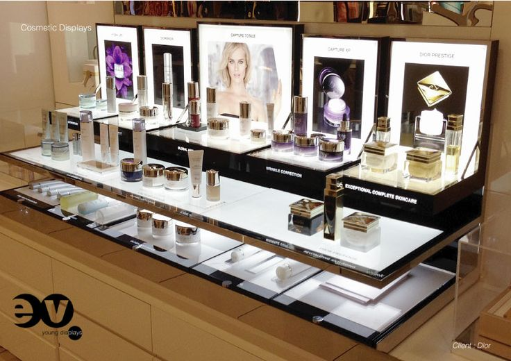 cosmetic-tray-Dior