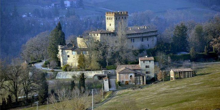 Castello di Montechiaro (from Altavaltrebbia - Galleria fotografica)