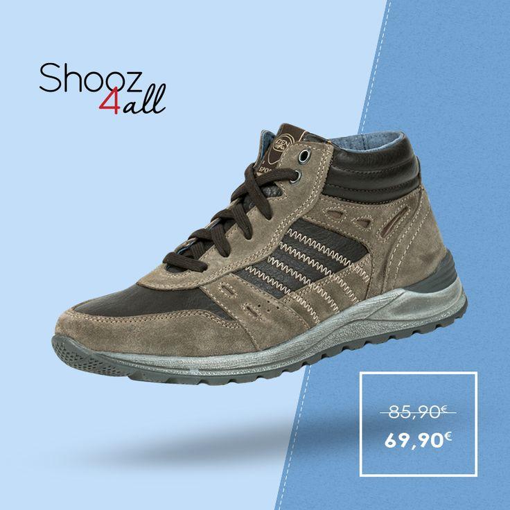 Σε μπεζ απόχρωση με καφέ λεπτομέρειες, sport μποτάκια του Ιταλικού brand Zen Age. Από γνήσιο σουέντ δέρμα, δετά για άψογη εφαρμογή, διαθέτουν τρακτερωτή σόλα από εύκαμπτο και αντιολισθητικό υλικό. http://www.shooz4all.com/el/andrika-papoutsia/mpez-andrika-mpotakia-sport-377087-detail #shooz4all #andrika #mpotakia