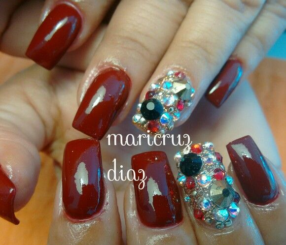 Rojo & swarovsky nails