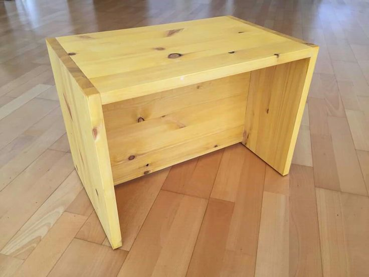 Berliner Hocker: Design by Le van Bo, Selfe made, Investment: Some time and 15.00 EUR