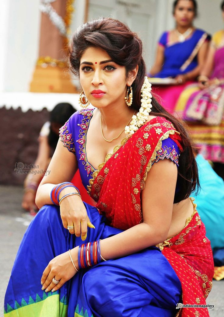 Sonarika-Bhadoria-in-Eedo-Rakam-Aado-Rakam-movie-(4 ...