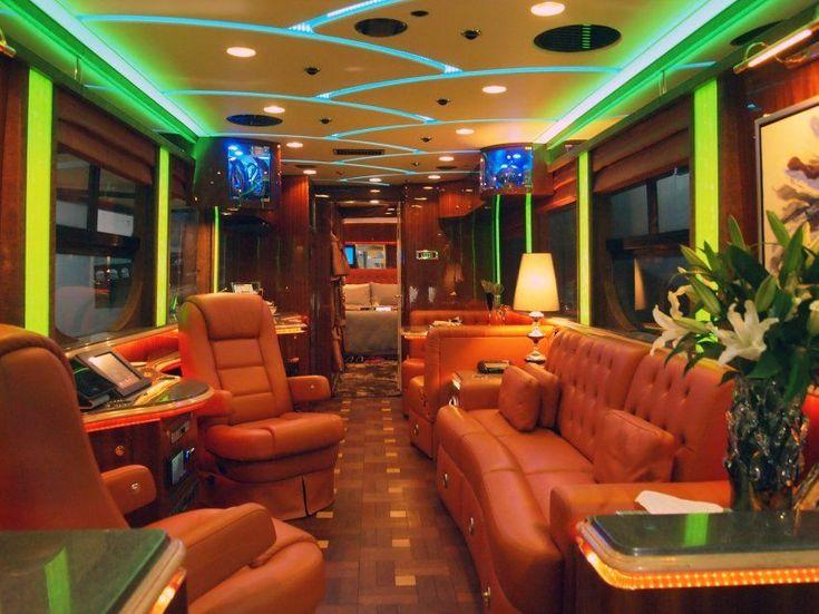 Best 25 Tour Bus Interior Ideas On Pinterest Luxury Rv Luxury Bus And Luxury Motors