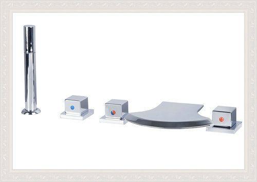 Купить товарВанной кран Torneira 5 шт. бортике водопад Bathrooom бассейна 39DD1 хром двойные ручки смесители для раковины, смесители и краны в категории Смесители для ванной и душана AliExpress.            &