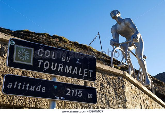 France, Hautes Pyrenees, col du Tourmalet (2115m), statue representing the…