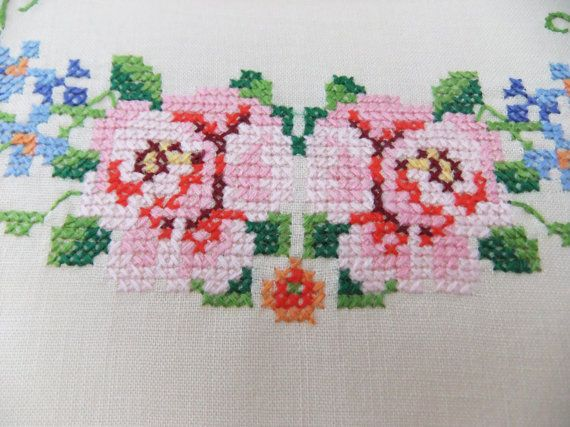 Vintage embroidered tablecloth cream with door peonyandthistle