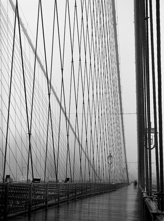Walking Across by Barbara Mensch.: Photos Collection, Mensch A Walks, B W Photos, Art, Brooklyn Bridges, Undat, Barbara Mensch A, Amazing Perspective, The Bridges