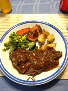 Musings of a Muddled Mum: Slow Cooked Roast Beef with Mushroom and Red Wine ... healthy, delicious, family, family meals, food, healthy eating, my recipe, roast, roast beef, slow cooker, slow cooker challenge, slow cooking, winter, winter warmers