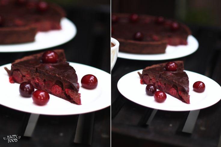 HAPPYFOOD - Шоколадный тарт с вишней, корицей и красным вином