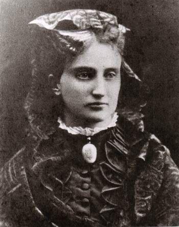 Erbprinzessin Helene von Thurn und Taxis, geborene Herzogin in Bayern (* 4. April 1834 in München; † 16. Mai 1890 in Regensburg) , älteste Tochter von Herzog Max in Bayern und Prinzessin Ludovika von Bayern.
