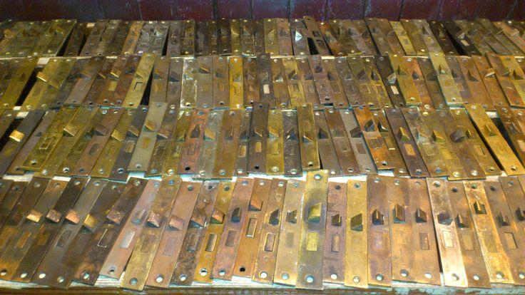 door strike plate sets