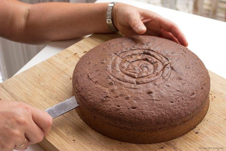 Chocolade-biscuit-opensnijden