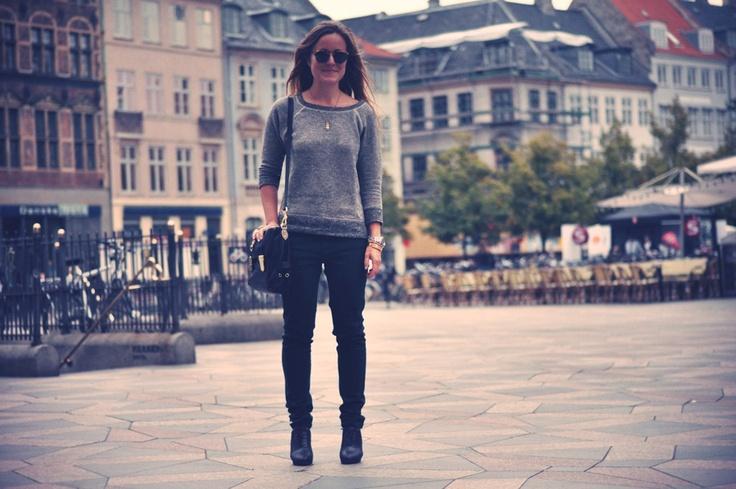 Look of the day. Bottle green jeans. emilsalomon.dk