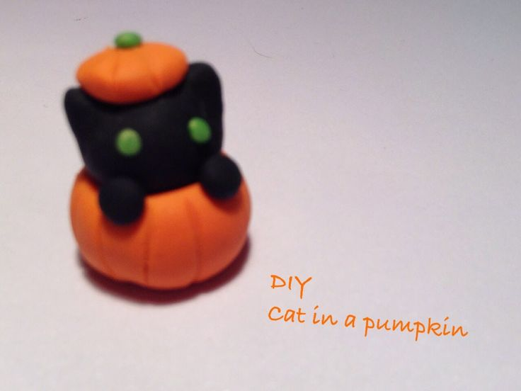 DIY polymer clay charms: 13 days of Halloween: day 4 black cat in ...