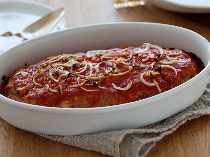 Best healthy meatloaf recipe (except I substitute chili sauce and dash of   sriracha in place of the ketchup)...Mom's Turkey Meatloaf from FoodNetwork.com