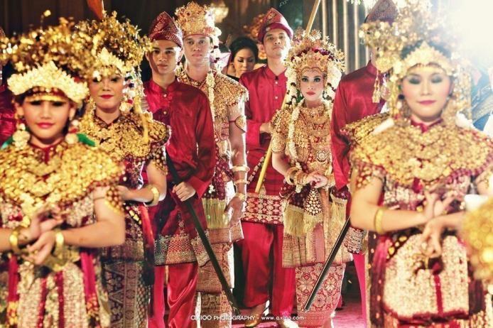Palembang Wedding Ceremony, By Axioo Photography.