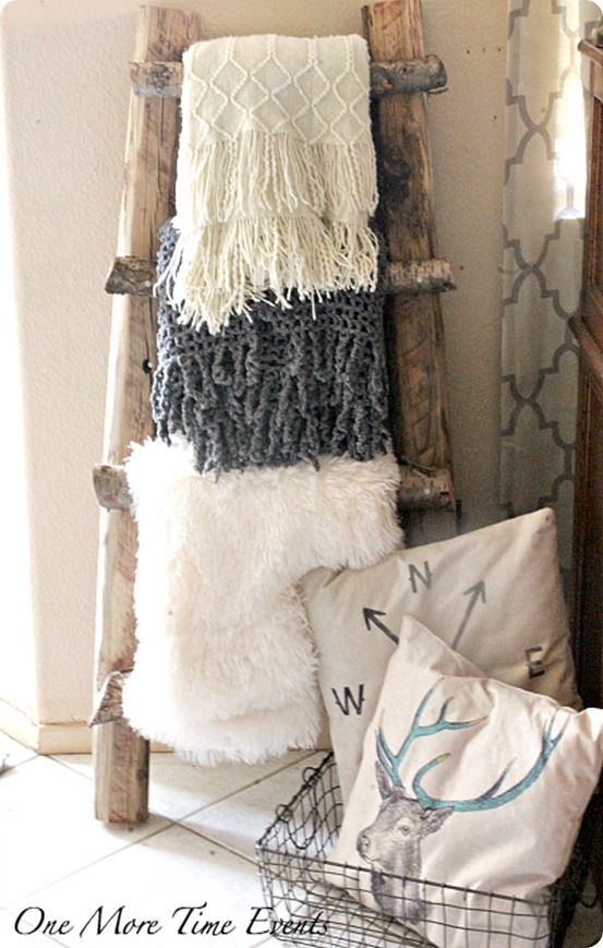 DIY Home Decor ~ Make a Pottery Barn knock off blanket ladder for free using branches from your yard!