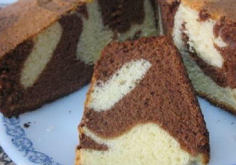 Torta marmolada humeda y esponjosa
