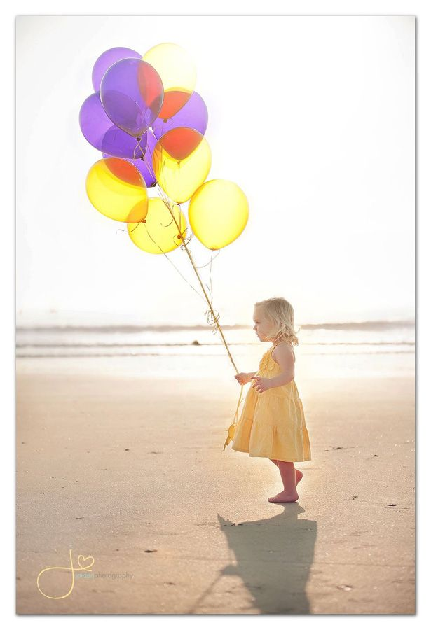 Love this, but I wish all the balloons were yellow. The purple is distracting. -- Jaiden Photography - http://www.facebook.com/pages/Jaiden-Photography/215557838454867?sk=info