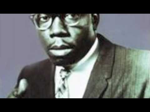 Slim Harpo - I'm a King Bee ..this is so so so GOOD....if you love the rockin' blues this is for you!