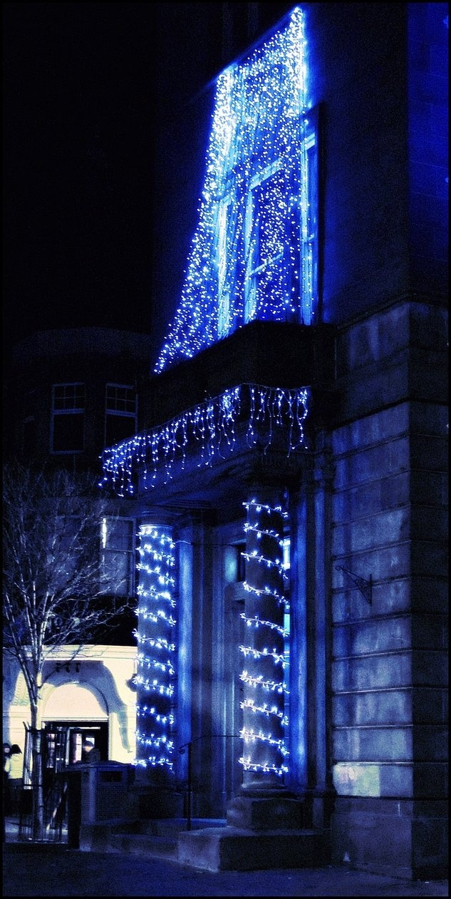 Blue christmas lights in bedroom - Christmas Lights At Sportsters Bar In Stirling England Christmasaroundtheworld