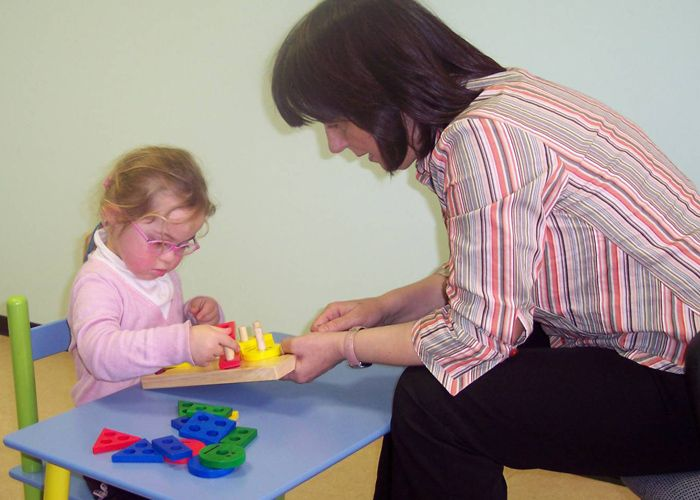 علاج جيني لتنمية ذكاء الاطفال المصابين بالداء المنغولي Kotatsu Table Decor Kotatsu