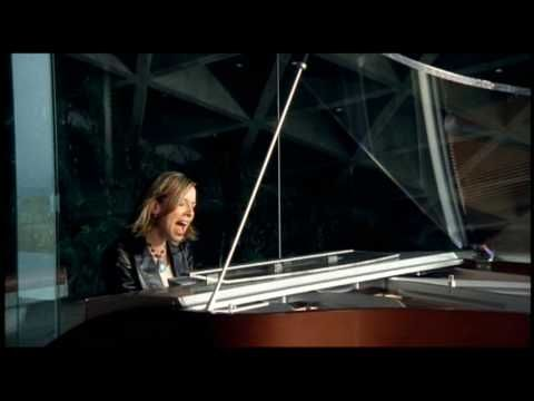 Rebecca Lynn Howard - Forgive After watching The Voice had to look this up  to see who sang it first.  Love this version