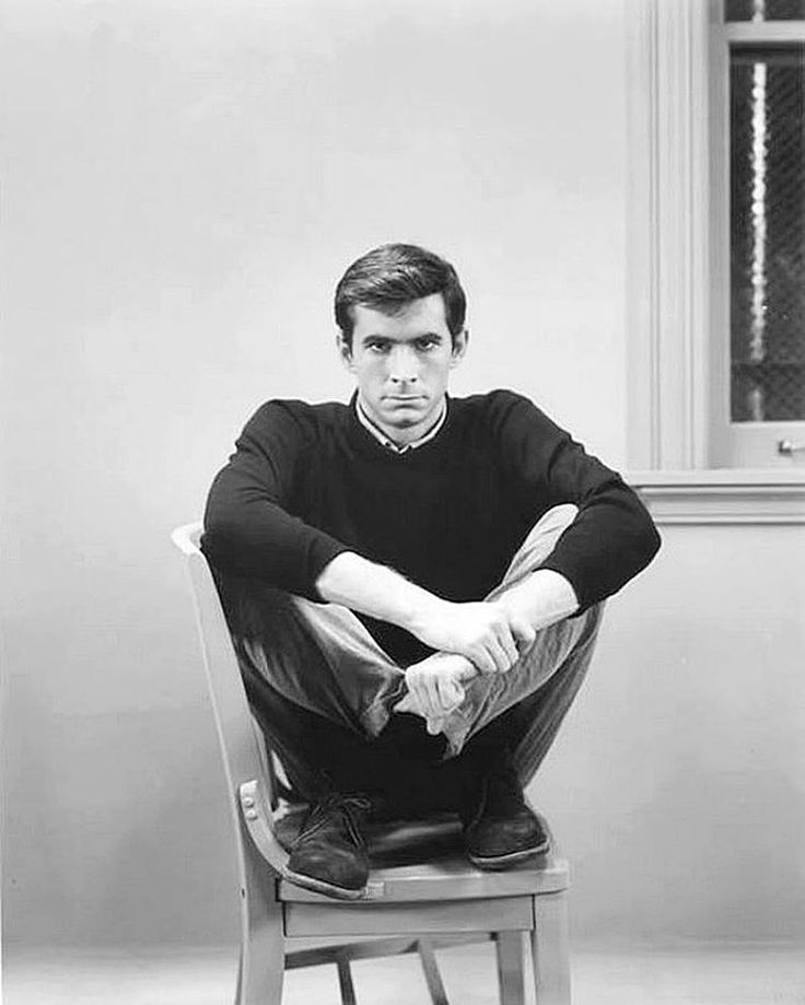 """""""1960. Anthony Perkins in a publicity photo for Alfred Hitchcock's Psycho. #AnthonyPerkins #actor…"""" Love this photo of him."""
