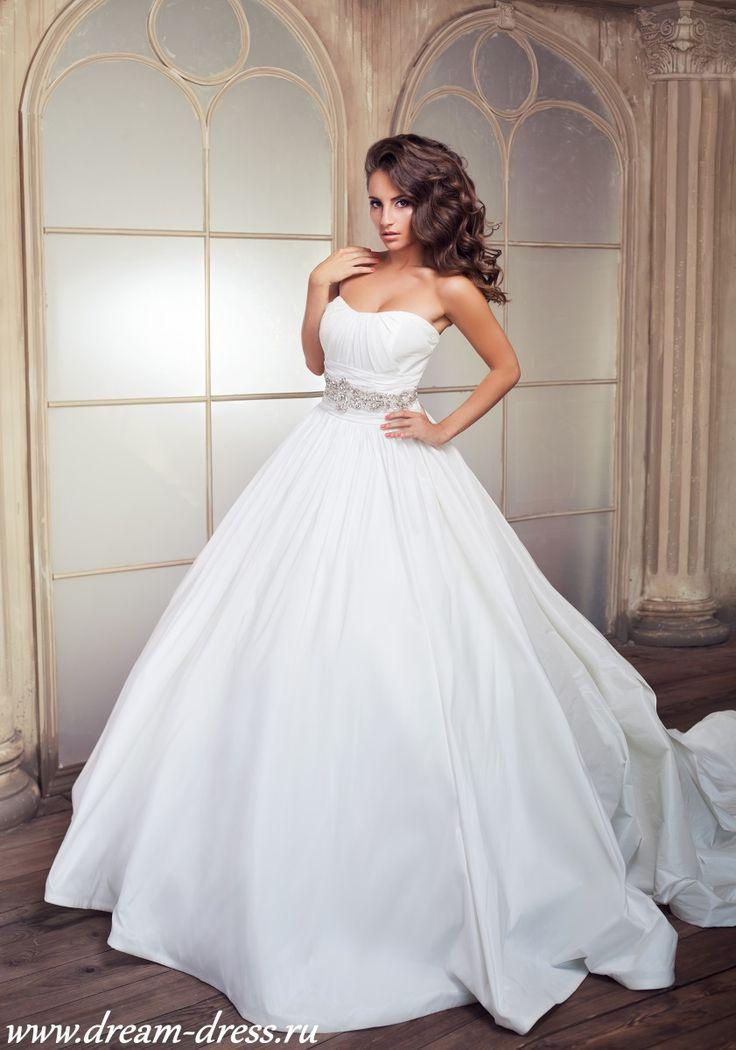Esme / Свадебные платья / Каталог товаров